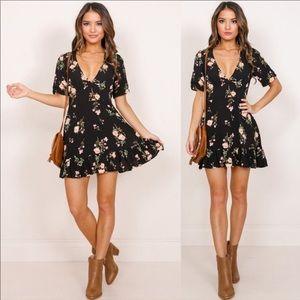 🌸Super cute floral dress! 🌸